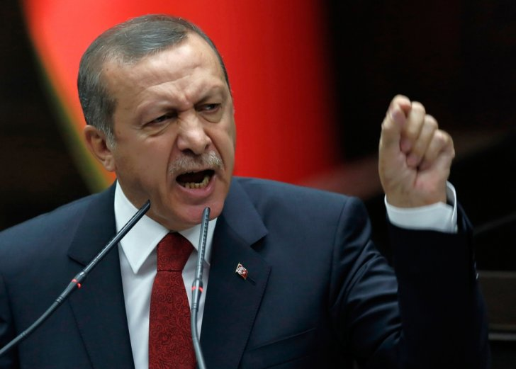 Türkiyədə sosial media qadağan olunur?