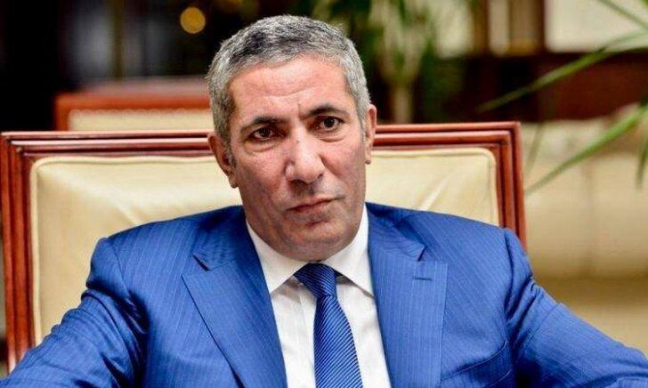 Siyavuş Novruzov YAP-dakı vəzifəsindən istefa verib