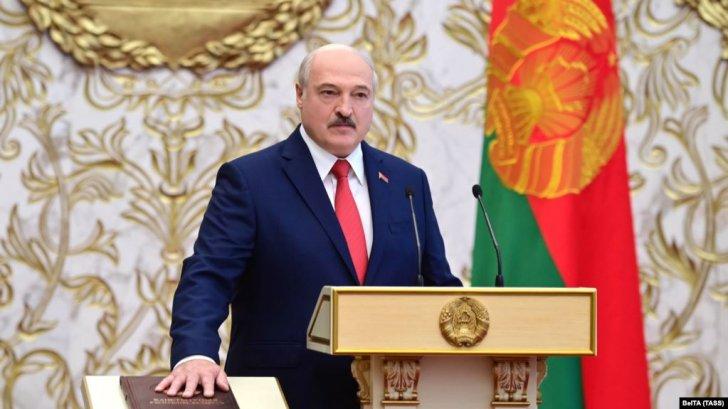 Lukaşenko qəfil və gizli andiçmə mərasimi keçirib