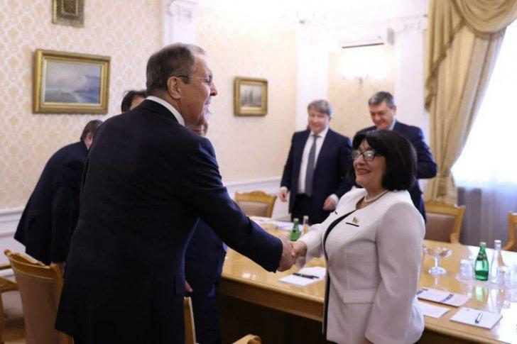 """Sahibə Qafarovanın ilk diplomatik """"uğuru"""""""