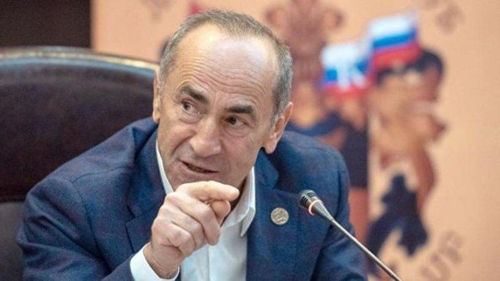 Robert Koçaryan Moskvaya gedib -