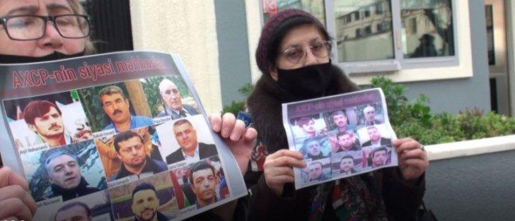 Bakıda siyasi məhbuslara dəstək aksiyasında jurnalistlərə qarşı