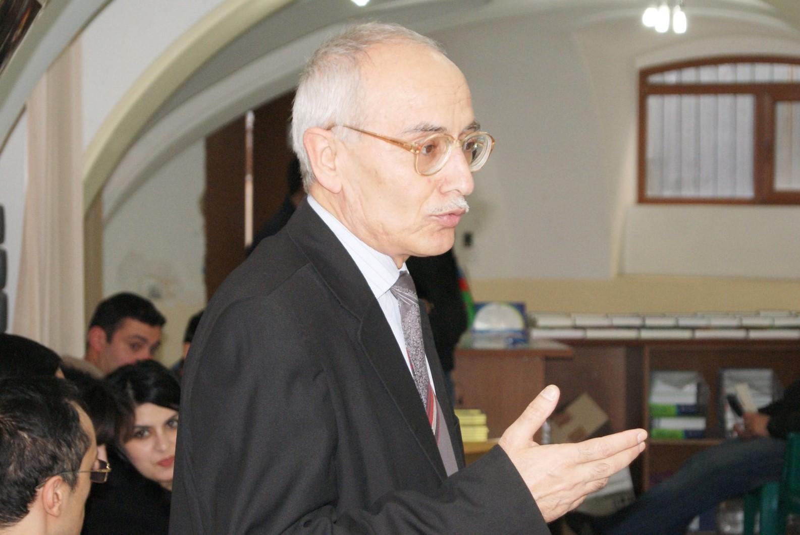 Rafiq TAĞI.